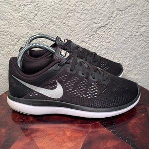 Nike Flex 2016 Run Running Sneakers